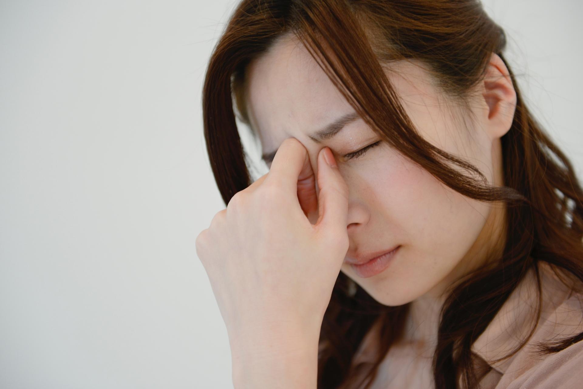 頭痛にはどのようなものがあるの?緊張型頭痛と群発頭痛について